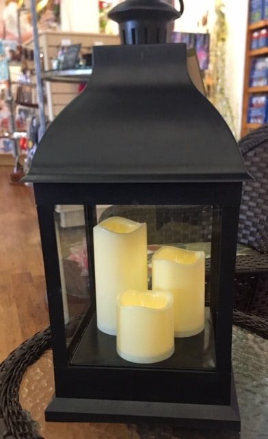 Outdoor Candleholder With Battery-Operated Candles