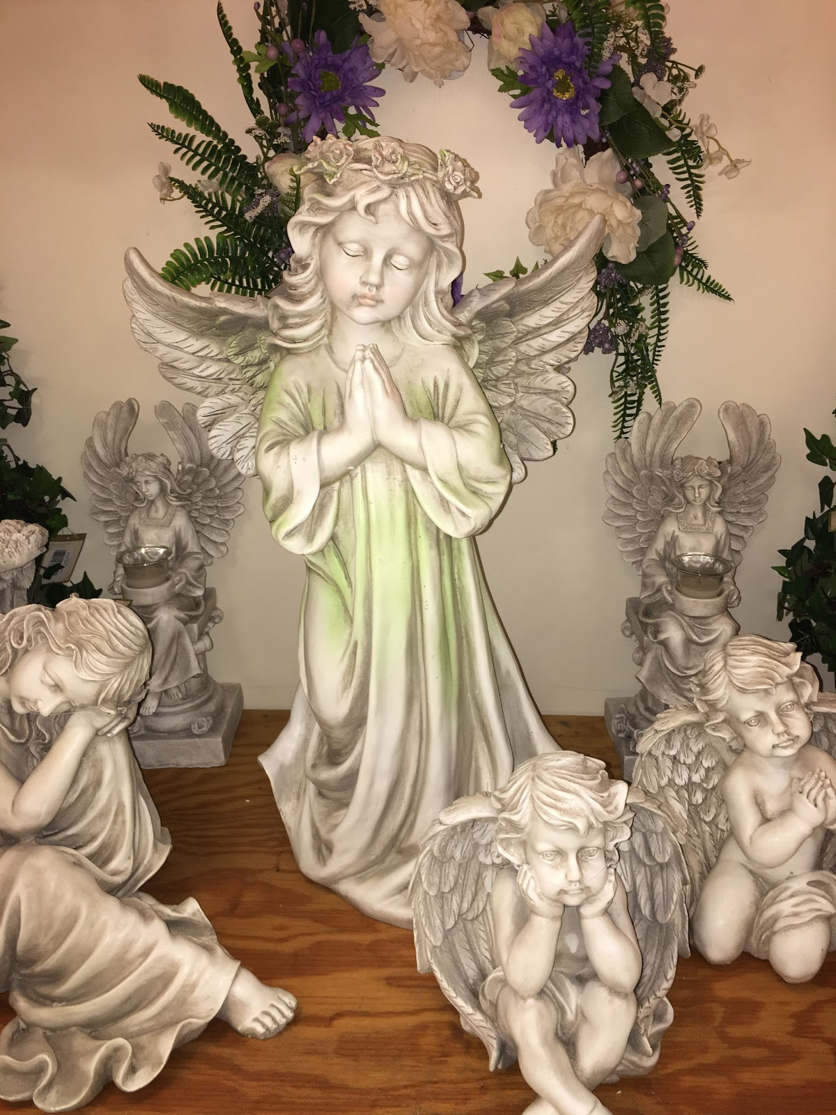 Outdoor Angel Garden Statue