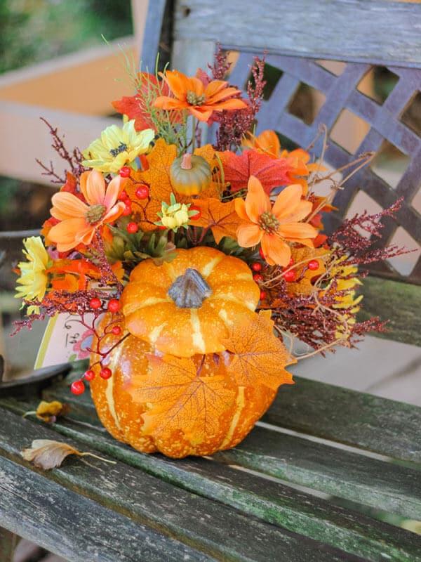 Pumpkin Bouquet on Bench